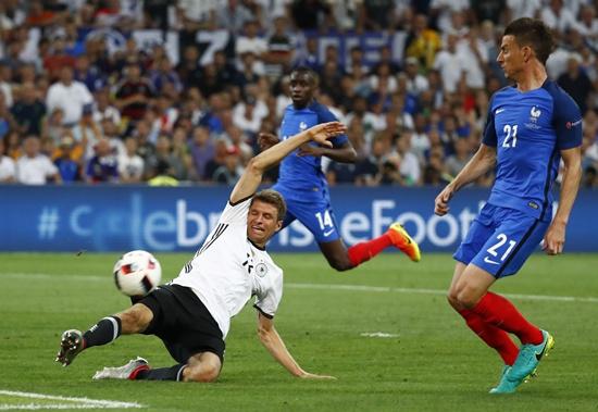 ฝรั่งเศส 2-0 เยอรมัน