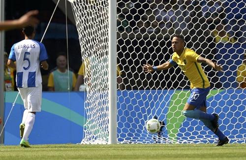 บราซิล 6-0 ฮอนดูรัส