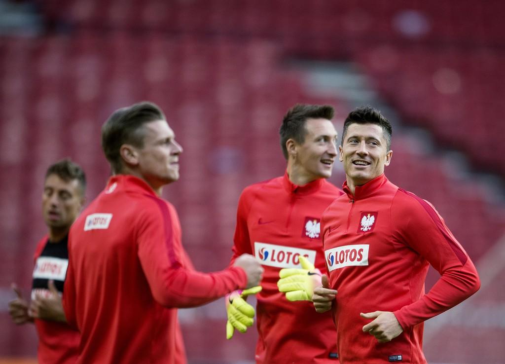 โปแลนด์ 3-0 คาซัคสถาน